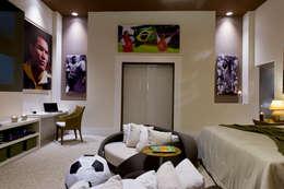 Casa Cor SP Suíte de Futebol: Quartos  por FJ Novaes Light Projects