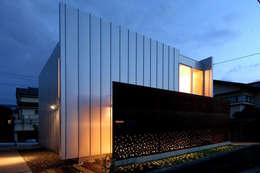 Projekty, nowoczesne Domy zaprojektowane przez 土居建築工房