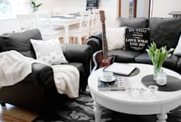 DOM W STYLU FRANCUSKIEJ WERANDY W WESOŁEJ: styl , w kategorii Salon zaprojektowany przez YNOX Architektura Wnętrz
