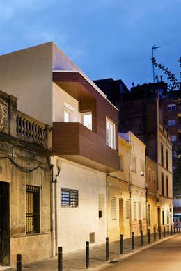 Casas de estilo mediterraneo por GPA Gestión de Proyectos Arquitectónicos  ]gpa[®