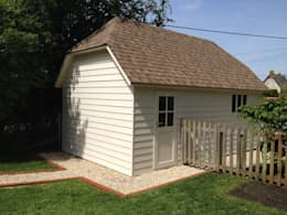 Garages prefabricados de estilo  por Garden Affairs Ltd