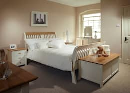 Спальная комната  в . Автор – The Painted Furniture Company