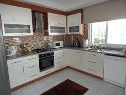 modern Kitchen by Akdeniz Dekorasyon