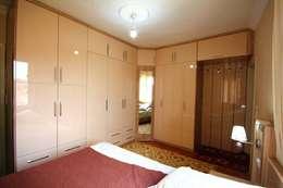 modern Bedroom by Akdeniz Dekorasyon