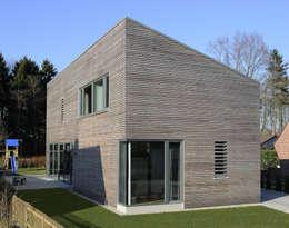 Casas de estilo moderno por JEBENS SCHOOF ARCHITEKTEN