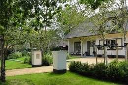 ENTREE: klasieke Tuin door Buro Ruimte & Groen