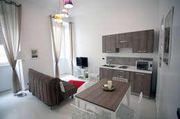 Salle à manger de style de style eclectique par Designing Home