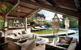 Piscinas de estilo mediterráneo por TG Studio
