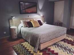 Casa Luanda: Quartos modernos por Santiago | Interior Design Studio