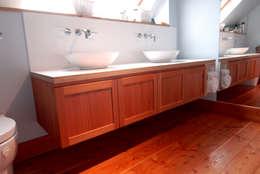 modern Bathroom by David Watson Cabinet Maker