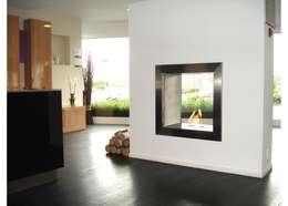 Eco Smart Fire 650DB dwustronny, elegancki wkład do zabudowy: styl , w kategorii Salon zaprojektowany przez ilumia.pl