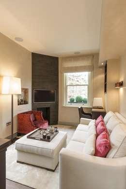 غرفة المعيشة تنفيذ Keir Townsend Ltd.