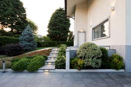 Projekty, nowoczesne Domy zaprojektowane przez FASE ARCHITETTI ASSOCIATI
