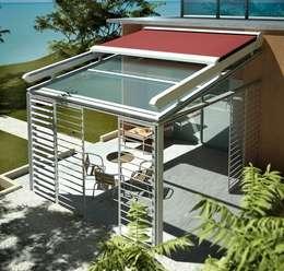Balcones y terrazas de estilo moderno por SISTEMAS GAHM SL