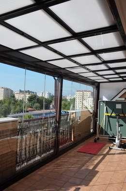 Terrasse de style  par SISTEMAS GAHM SL