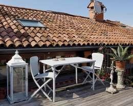 Jardines de estilo moderno por La Tartaruga di Anselmi Ing. Danilo