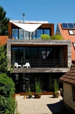 einfamilienhaus mit mut zur l cke. Black Bedroom Furniture Sets. Home Design Ideas