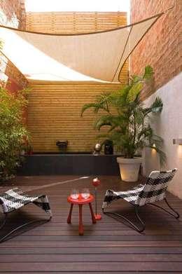 Patio: Jardines de estilo moderno de SOLER-MORATO ARQUITECTES SLP