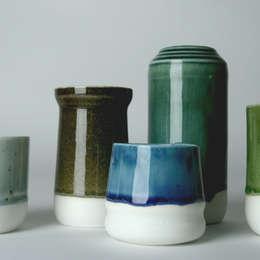 Enkel Glas: moderne Woonkamer door Studio Ineke van der Werff