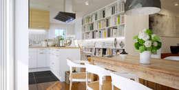 Salones de estilo  por Piwko-Bespoke Fitted Furniture