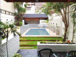 Jardines de estilo moderno de Estudio Nicolas Pierry: Diseño en Arquitectura de Paisajes & Jardines