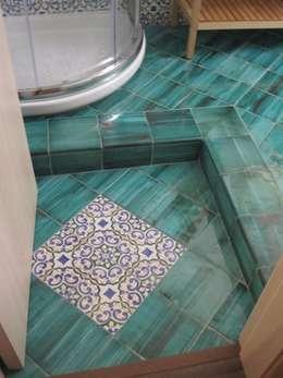 Ванные комнаты в . Автор – francesca ravidà    architetto | interior designer