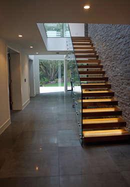 Corridor, hallway by David James Architects & Partners Ltd