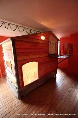 chambre enfants (cabane): Chambre d'enfants de style  par Tabary Le Lay