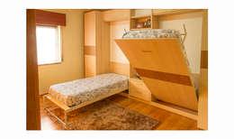 Dormitorios de estilo  por GenesisDecor