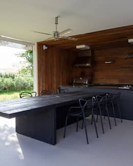 Projekty,  Taras zaprojektowane przez Consuelo Jorge Arquitetos