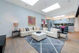 غرفة المعيشة تنفيذ Balance Property Ltd