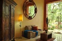 Estancia.: Hoteles de estilo  por Dovela Interiorismo