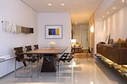 Apartamento Ninho: Salas de jantar modernas por Coutinho+Vilela