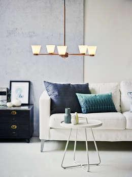 Herstal A/S: minimal tarz tarz Oturma Odası