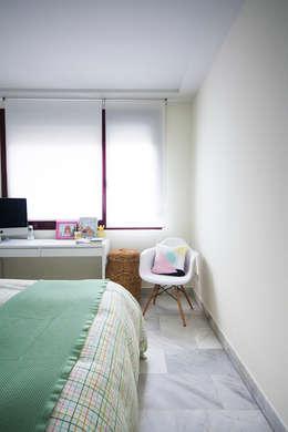 modern Bedroom by www.rocio-olmo.com