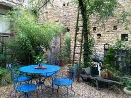 Le patio: Jardin de style de style Moderne par Atelier d'Ersu & Blanco