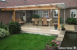 Projekty, nowoczesne Domy zaprojektowane przez ALLGLASS CONFORT SYSTEM