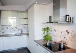 Nova: styl , w kategorii Kuchnia zaprojektowany przez Arkadiusz Grzędzicki projektowanie wnętrz