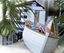 Beach house: mediterraan Zwembad door Groothandel in decoratie en lifestyle artikelen