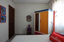 غرفة نوم تنفيذ Celia Beatriz Arquitetura