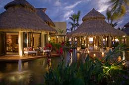 tropische Tuin door BR  ARQUITECTOS