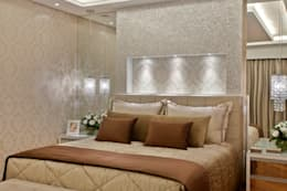 Dormitorios de estilo  por Arquiteto Aquiles Nícolas Kílaris
