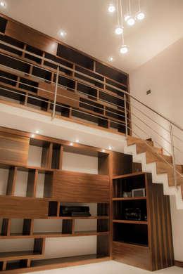 Casa J&J: Estudio de estilo  por [TT ARQUITECTOS]