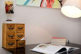Ruang Keluarga by Ruth Noble Interiors