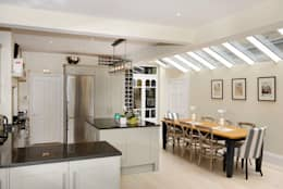 classic Kitchen by Ruth Noble Interiors