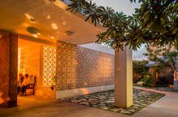 Casas de estilo moderno de TACO Taller de Arquitectura Contextual