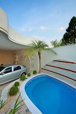 Rumah by Designer de Interiores e Paisagista Iara Kílaris