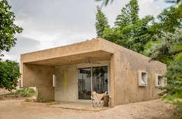 Case in stile in stile Moderno di TACO Taller de Arquitectura Contextual