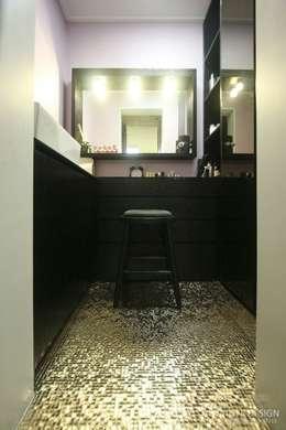 여자라면 누구나 탐낼만한 주방인테리어: 홍예디자인의  화장실