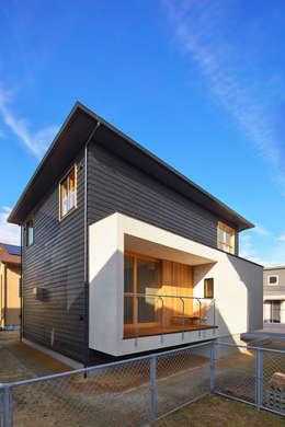 ファサード: ケンチックス一級建築士事務所が手掛けた家です。